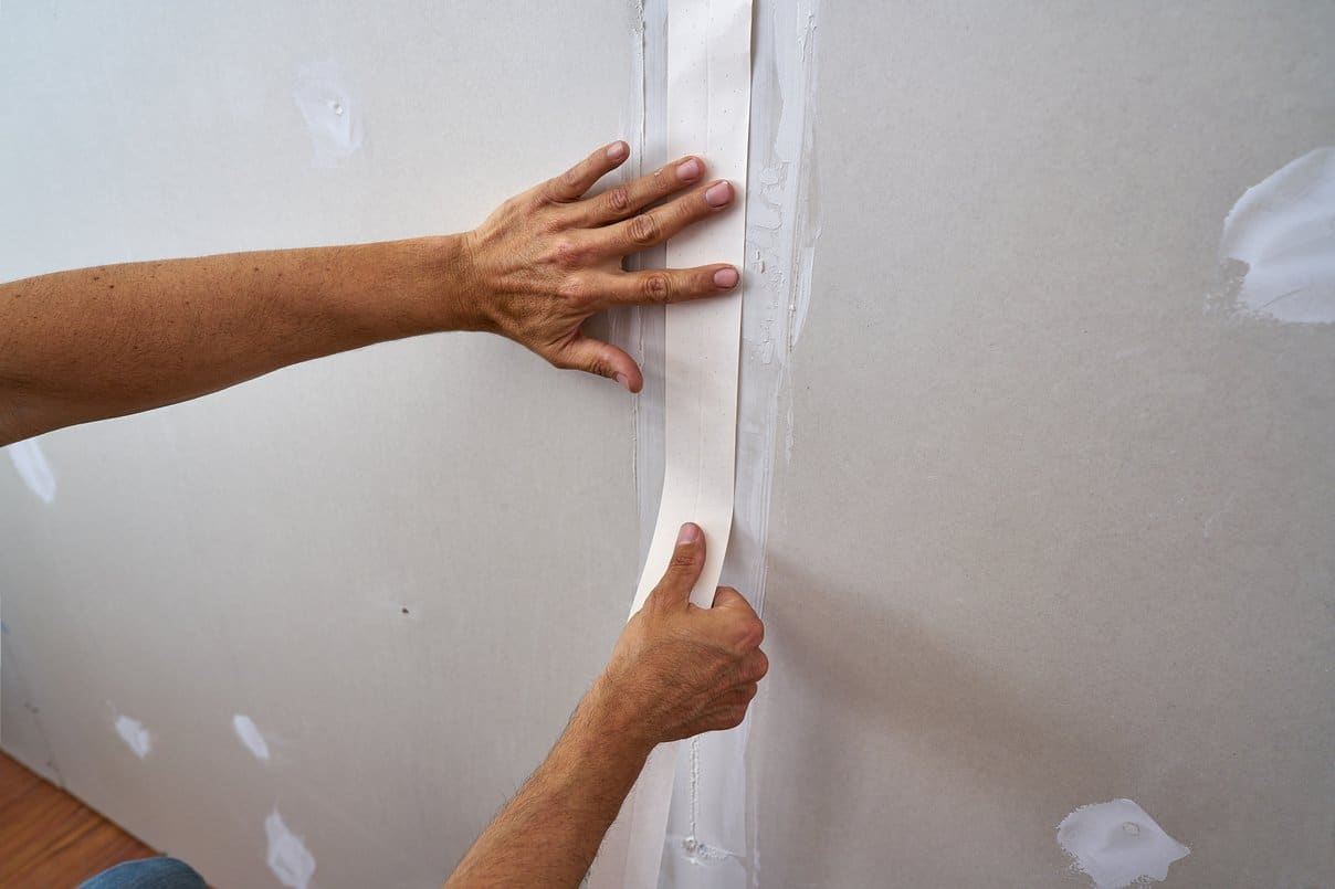 Why You Should Never Wait To Repair Your Damaged Drywalls