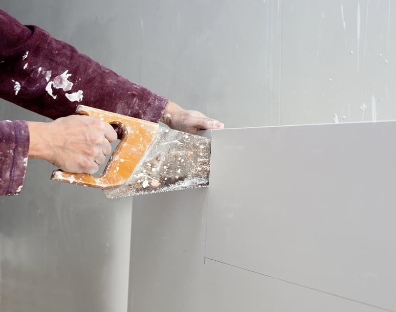 Why You Should Never Delay Repairing a Damaged Drywall